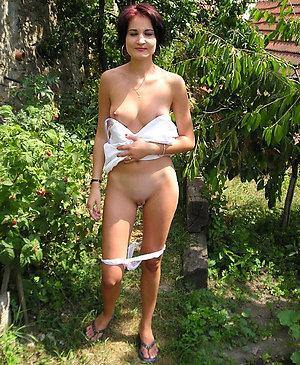 Inexperienced skinny naked mature