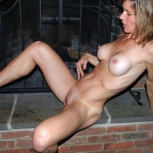 Best pics of skinny mature milf pussy
