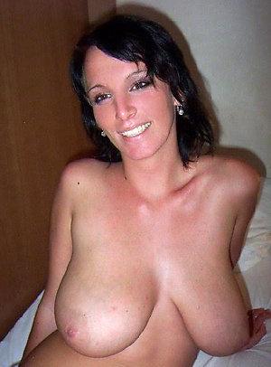 Nude amateur mature tit pictures
