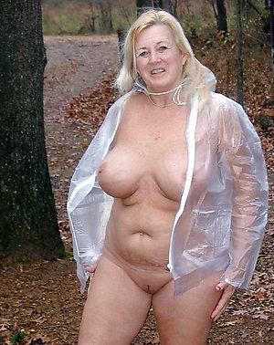 Real mature milf tits porn photos