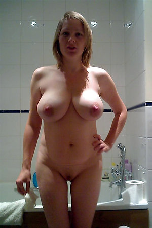 Xxx mature wife porn pictures