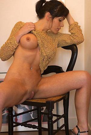 Slutty amateur wife porn pics