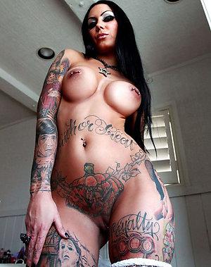 Horny nude women tattoos pics