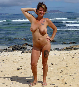 Hot sexy tattooed mature women