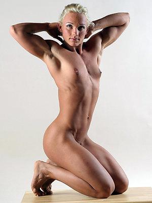Xxx mature muscle amateur pics