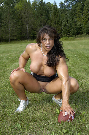 Hard muscle mature porn pics