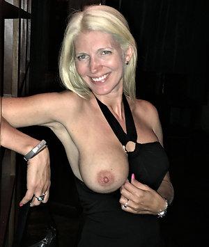 Naked amateur hot mom pics
