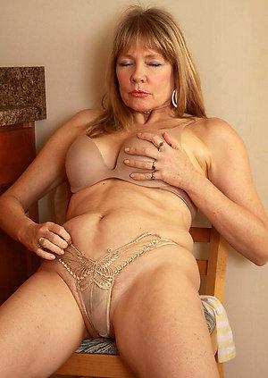 Nude busty mature unaccompanied xxx
