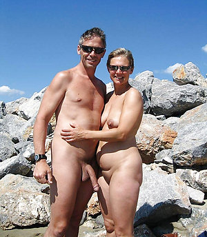 Remote nude couple pics