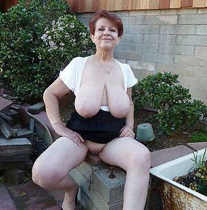 Slutty mature girl amateur pics