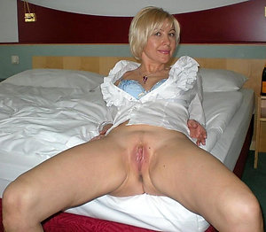 Inexperienced naked mature whores