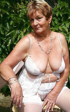 Horny natural grown up unclad women