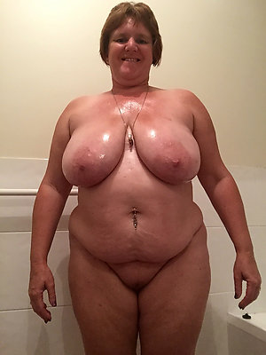 Horny mature women with huge breasts