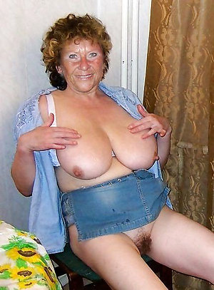 Handsome mature women with huge tits