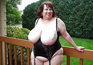 Amazing fat mature women masturbating pics