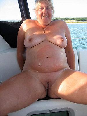 Naked free mature fat pics