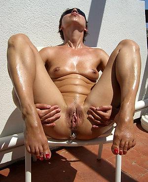 Amateur mature nude beach photos