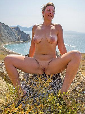 Hot mature bikini beach