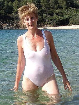 Amazing mature sex beach