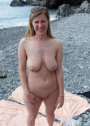 Pretty grown-up women nude beach