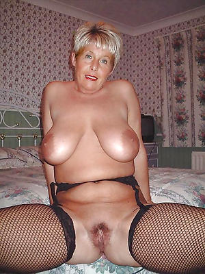 Free horny mature housewife pics