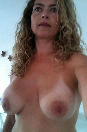 Handsome mature amateur housewife