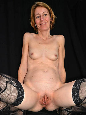 Lovely amateur mature housewife