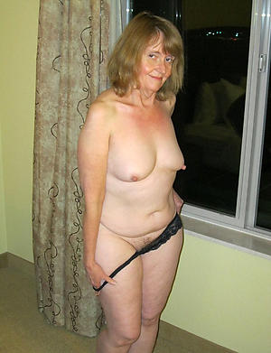 Best pics of mature amateur housewife