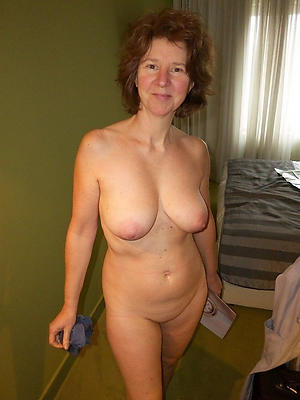 Real sesy grown up cougar milf