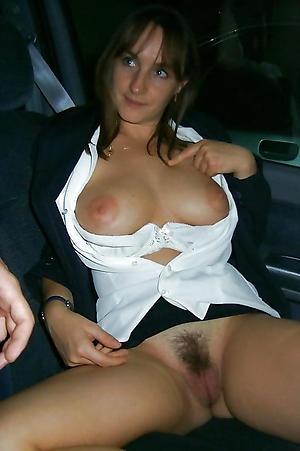 Sweet mature in car pictures