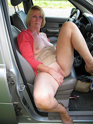 Amateur pics of mature car sex