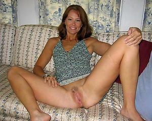 Amateur pics of old mature cunt