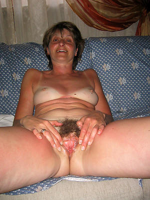 Free pics of mature shaved cunts