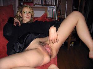 Horny full-grown whore porn