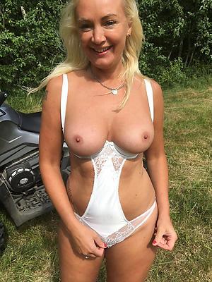 Slutty women with big chest