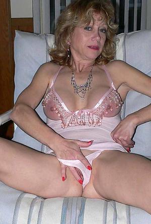 Hot mature naked women