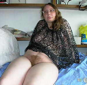 Amazing mature bring to light lady pictures