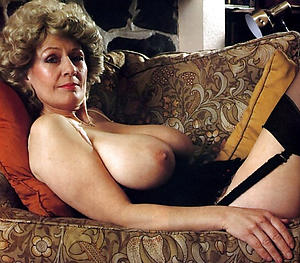 Realy perishable vintage grown up pussy