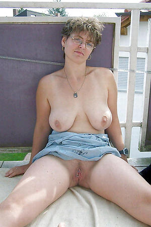 Amateur pics of european mature porn