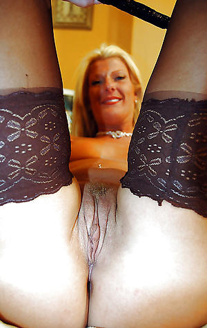 Nice mature fasten up pussy