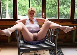 Xxx mature white woman