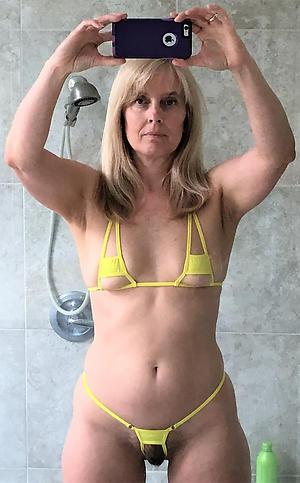 Curvy women in bikinis