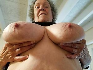 Amateur pics of sexy grandmother