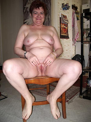 Unconforming pics of hot nude grandmothers