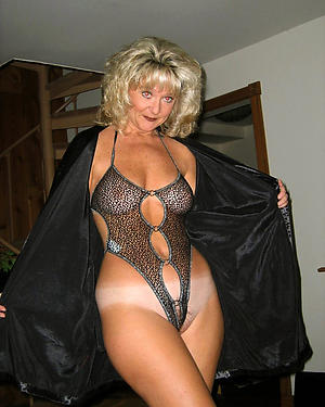 Xxx of age erotic women pictures