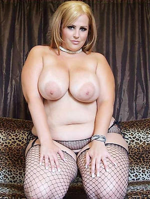 Appealing free busty mature nude injection