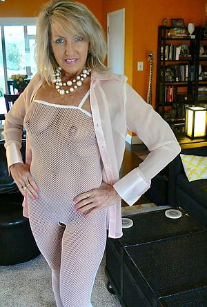 Hot beautiful wife pics