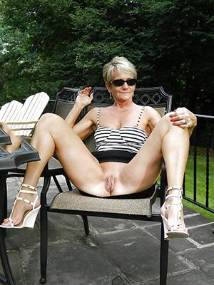Sexy mature classic naked photos