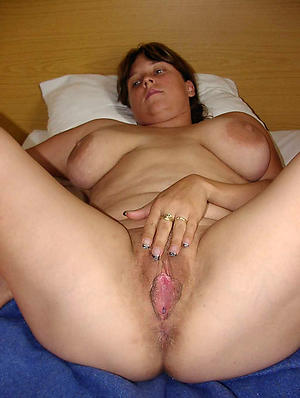 Hairy cunt mature porn pictures