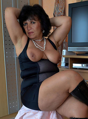 Sweet private adult dealings pics